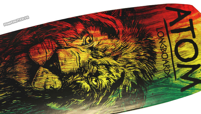Longboard Atom 36 drop through rasta lion