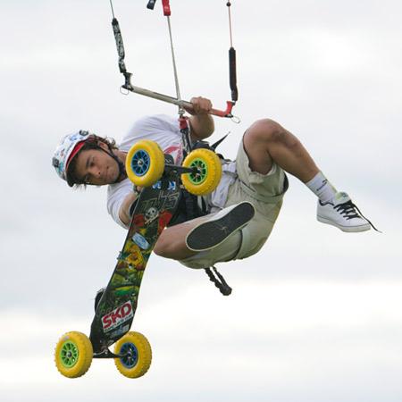 Abe Alzouman en landkite