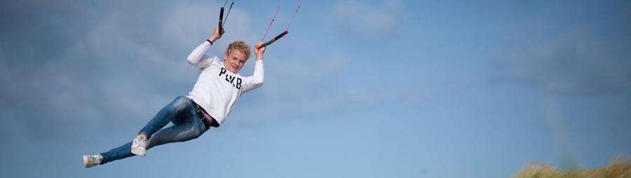 Peter Lynn Twister Kite jump